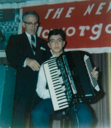 Joe & Louis Del Monte demonstrating the NEW IORIO ACCORGAN (1960)